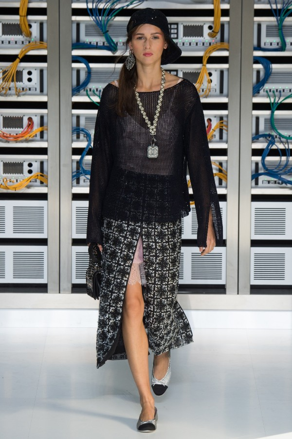 chanel-ready-to-wear-ss-2017-pfw-69