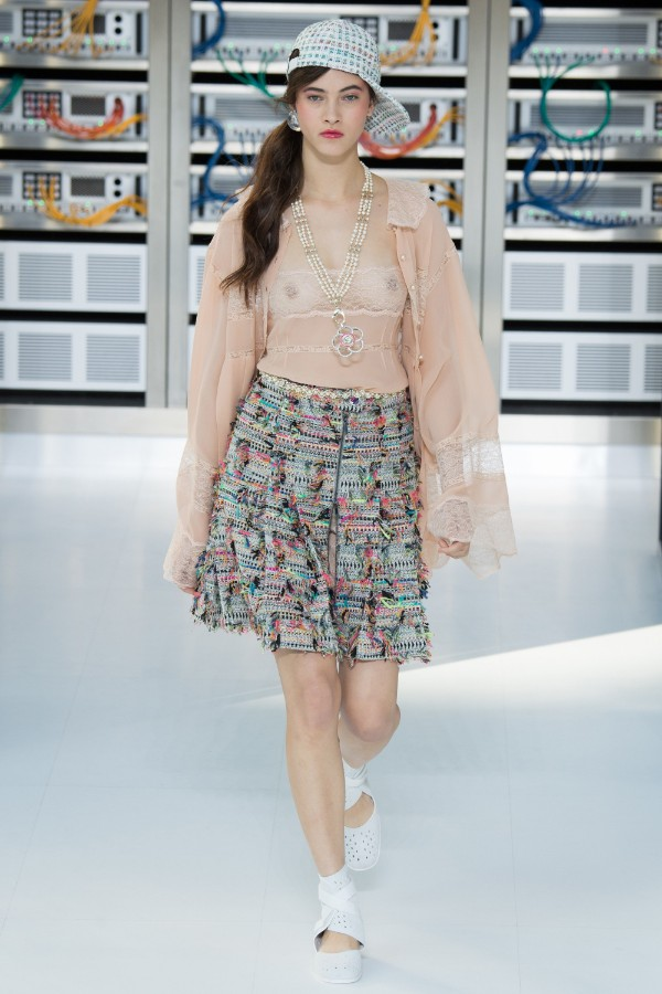 chanel-ready-to-wear-ss-2017-pfw-9
