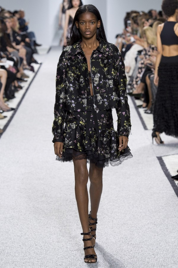 giambattista-valli-ready-to-wear-ss-2017-pfw-21