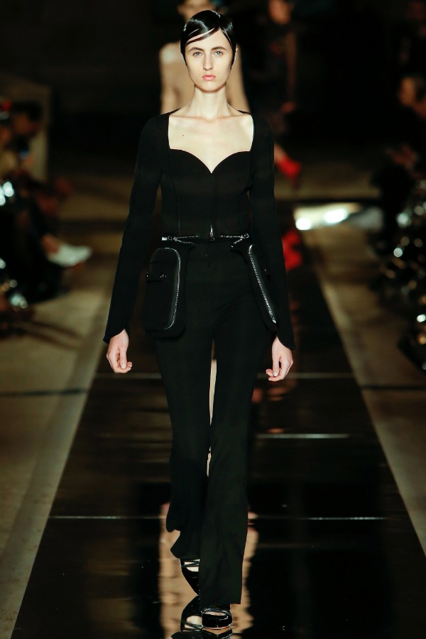 givenchy-ready-to-wear-ss-2017-pfw-49