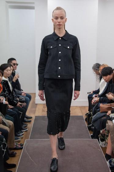 noir-kei-ninomiya-ready-to-wear-ss-2017-pfw-13