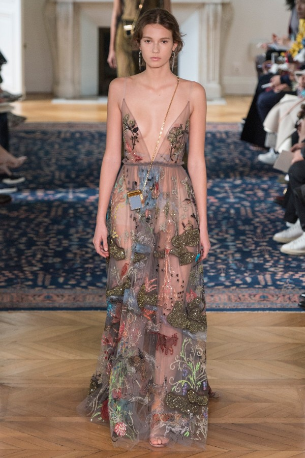 valentino-ready-to-wear-ss-2017-pfw-57