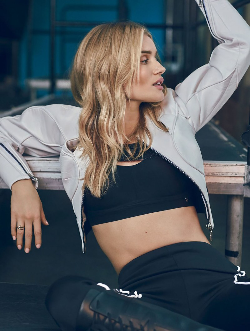 rosie-huntington-whiteley-by-jem-mitchell-graveravens3