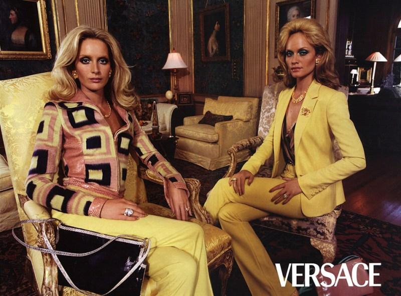 versace-fall-2000-by-steven-meisel-5