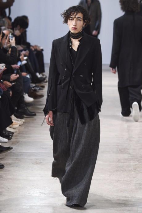 Ann Demeulemeester Menswear FW 2017 Paris13