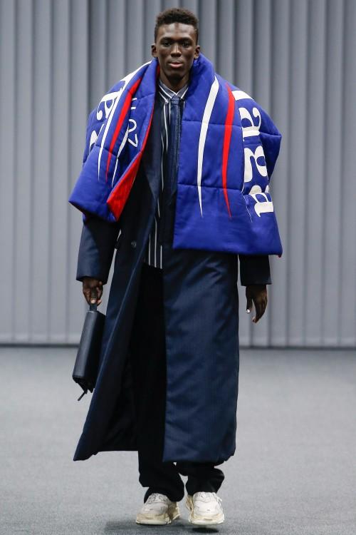 Balenciaga Menswear FW 2017 Paris39