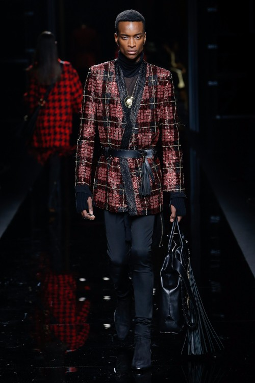 Balmain Menswear FW 2017 Paris50