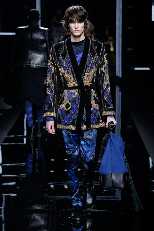 Balmain Menswear FW 2017 Paris72