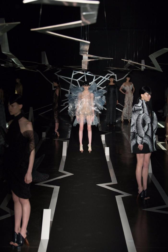 Iris van Herpen Haute Couture SS 2017 Paris17