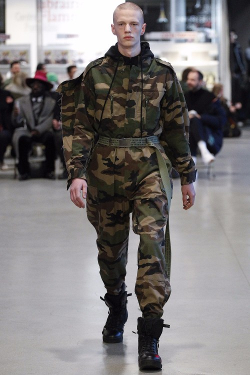 Vetements Menswear FW 2017 Paris10