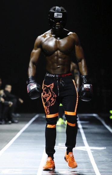 plein-sport-menswear-fall-winter-2017-milan17