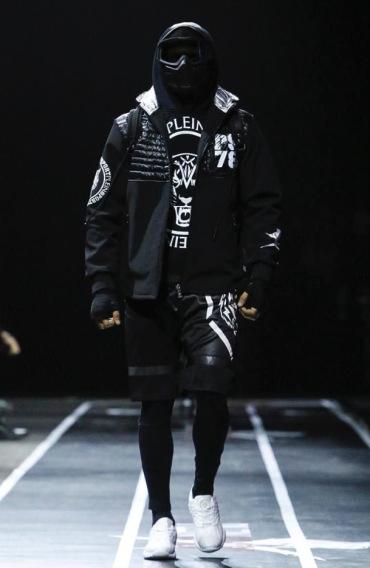 plein-sport-menswear-fall-winter-2017-milan50