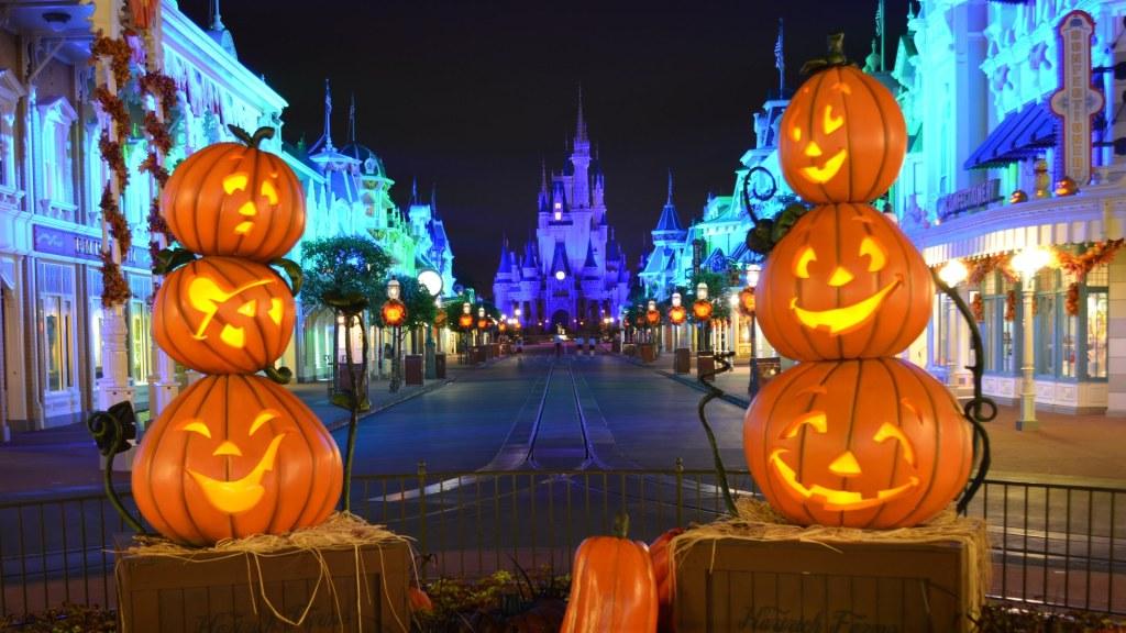 Disney 2017 – Mickey's Not-So-Scary Halloween Party