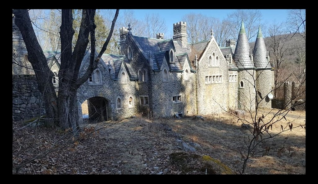 Dundas Castle: Is the Abandoned Structure Haunted or Not?