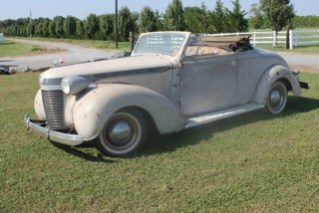 Concours Restoration shop in Tennessee 37 Chrysler Imperial Roadster