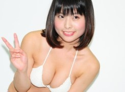立花絵海莉17歳巨乳Gカップ