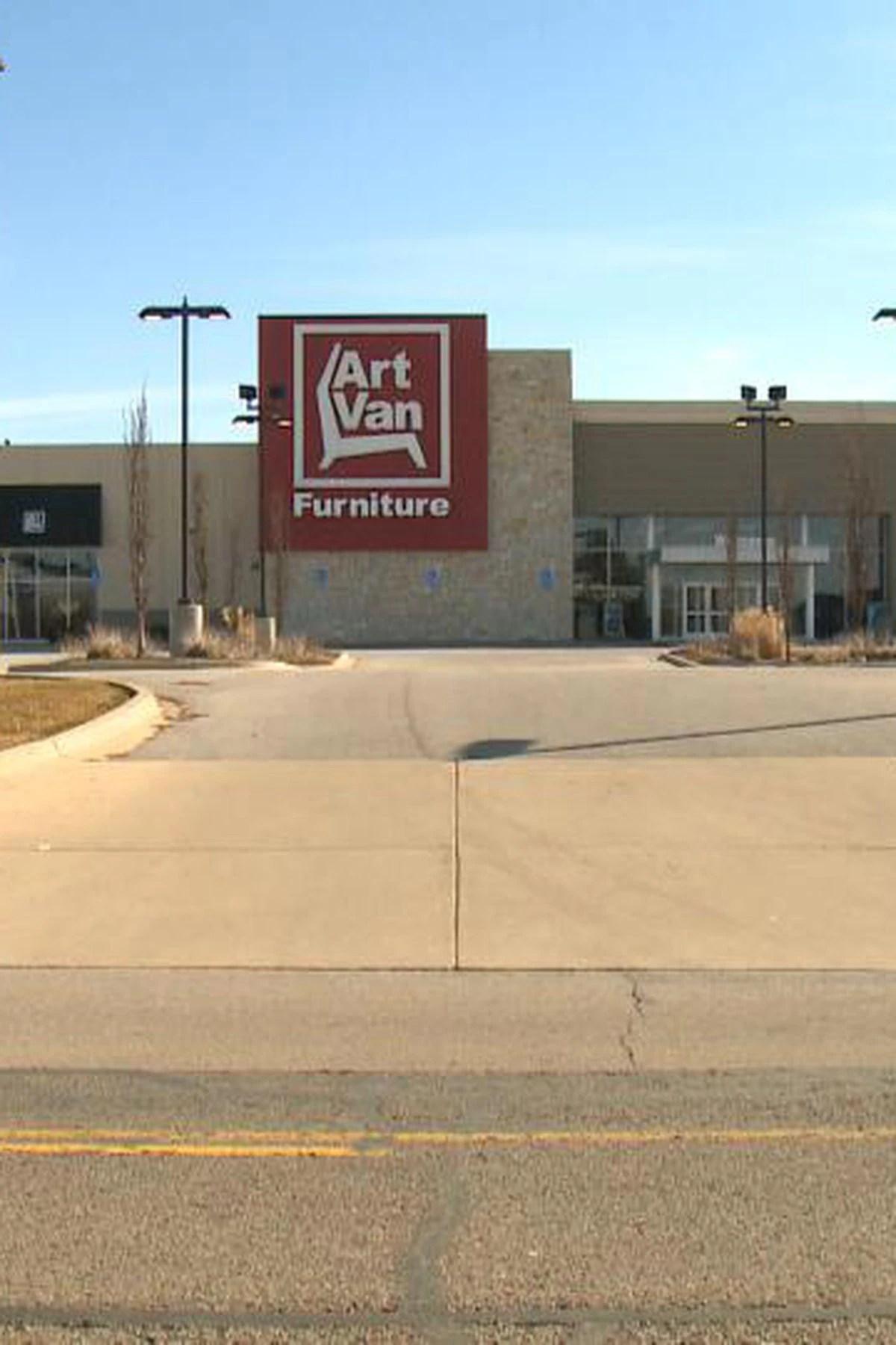 art van furniture closing all stores
