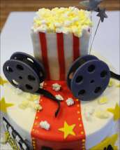 movie-themed-cake-3