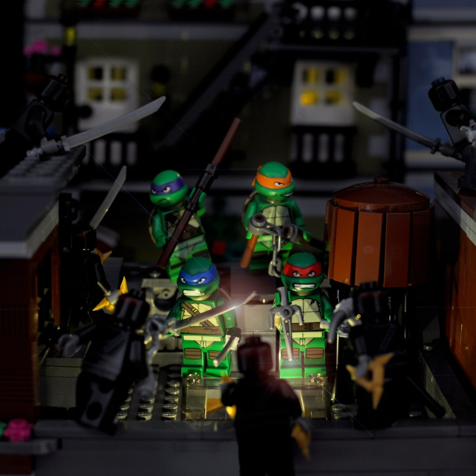 Cowabunga! Teenage Mutant Ninja Turtles in Lego
