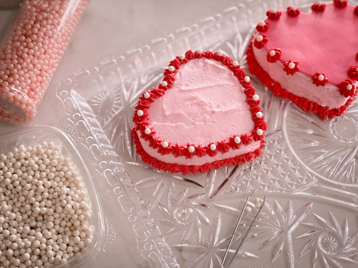 Picture of vintage mini heart cakes