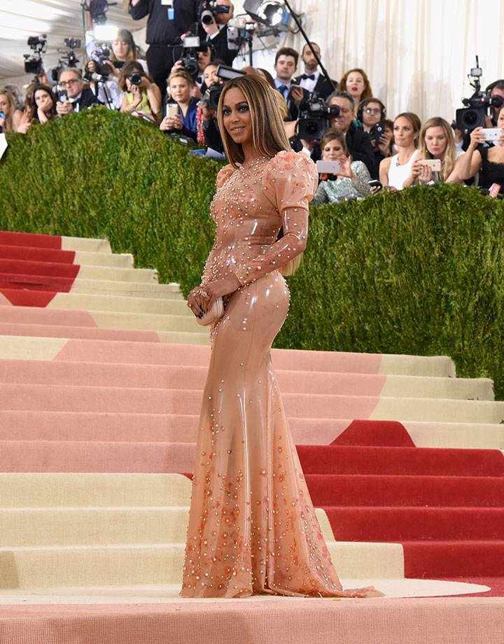 BeyonceFull_GettyImages527368230