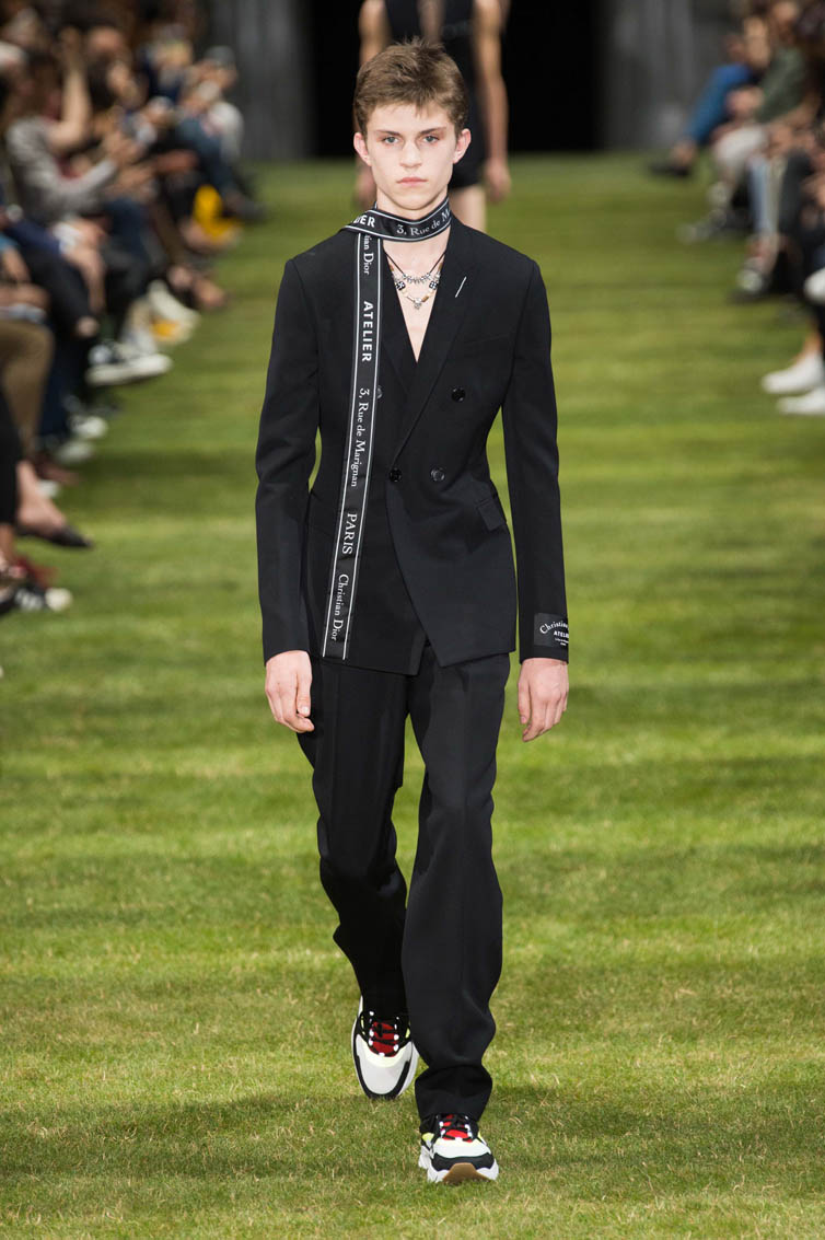 DIOR HOMME SUMMER 18_look01