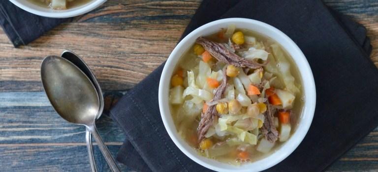 Kochen im Schnellkochtopf: Weißkohl-Eintopf mit Rindfleisch