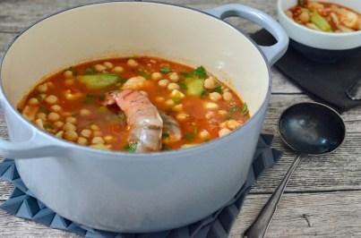 Orientalische Fischsuppe