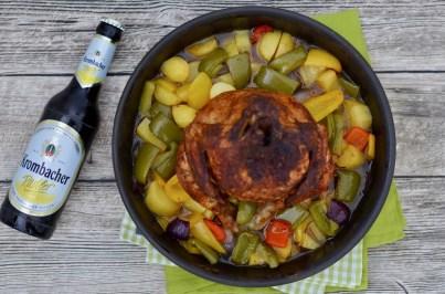 Grillhähnchen mit Kartoffel-Paprika Gemüse in Honig-Radler-Marinade