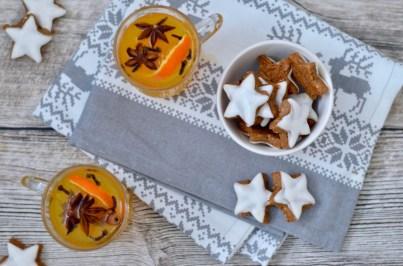 Aperitif im Henkell-Weihnachtsmenü: Glühsekt und Zimtsterne