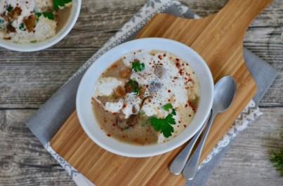 Weihnachtsmenü: Maronen-Dattel-Suppe & Gänsekeulen mit Apfelrotkraut und Rotweinsauce