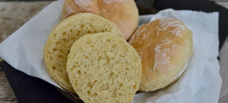 Studiogast beim HR Fernsehen: Rezept für Muffin-Brötchen aus Kartoffeln und Dinkelmehl