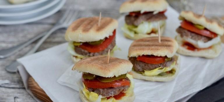 """Ein Satz mit """"x"""" und leckere Mini-Burger"""