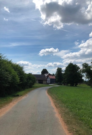 Mit dem E-Bike auf dem Eder-Radweg bis nach Battenberg