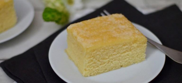 Sag's mit Söhnlein: Saftiger Zitronenkuchen vom Blech