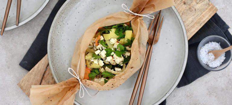 Vegetarisch Kochen: gegrillte Gemüsepäckchen mit Feta