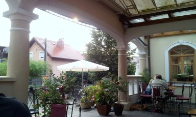 The very fine patio, actually two of them, one is roofed and the other is not to collect even more sun