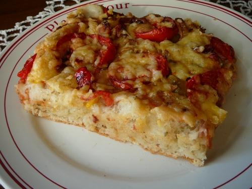 pizza pomidorowo-cebulowa