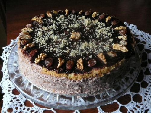 tort z masą orzechową