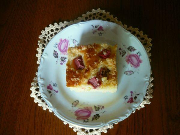 drożdzowy z serem i rabarbarem2