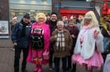 Gre Parelmoer Koningin van Pieterburen Kerstmarkt Veendam 17-12-2016ember052