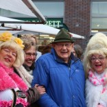 Gre Parelmoer Koningin van Pieterburen Kerstmarkt Veendam 17-12-2016ember054