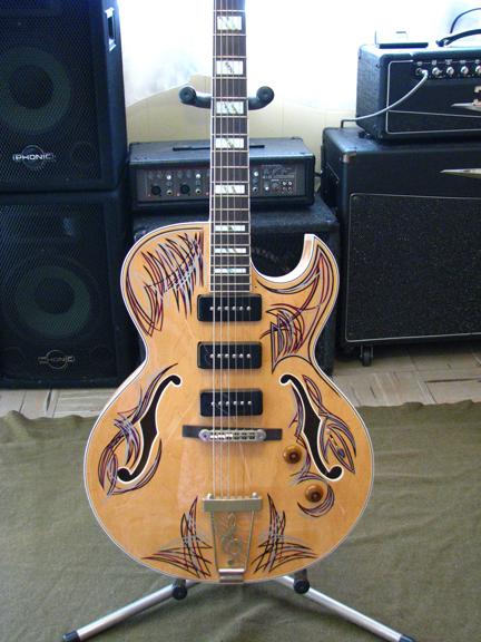 Custom Guitar pin striping