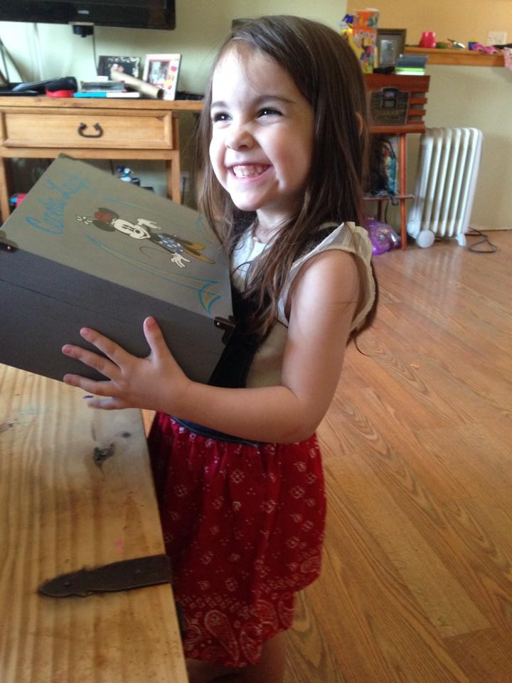 keepsake box, memory box, customer review, testimonial, hand painted, minnie mouse,
