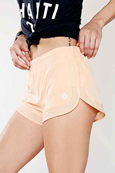 Without Walls 3-Inch Short, Urban Outfitters - verkrijgbaar via Urban Outfitters http://www.urbanoutfitters.com/urban/catalog/productdetail.jsp?id=33229451&category=UOWW-WSHORTS