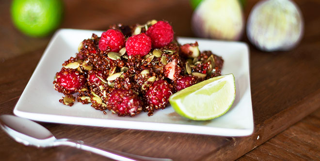 Red quinoa fig salad with raspberries and pumpkin seeds