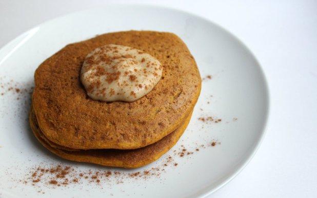 Ultra-Fluffy Vanilla Pumpkin Chickpea Pancakes