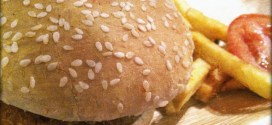 Is there is a direct relation between eating bad food and having a bad skin?
