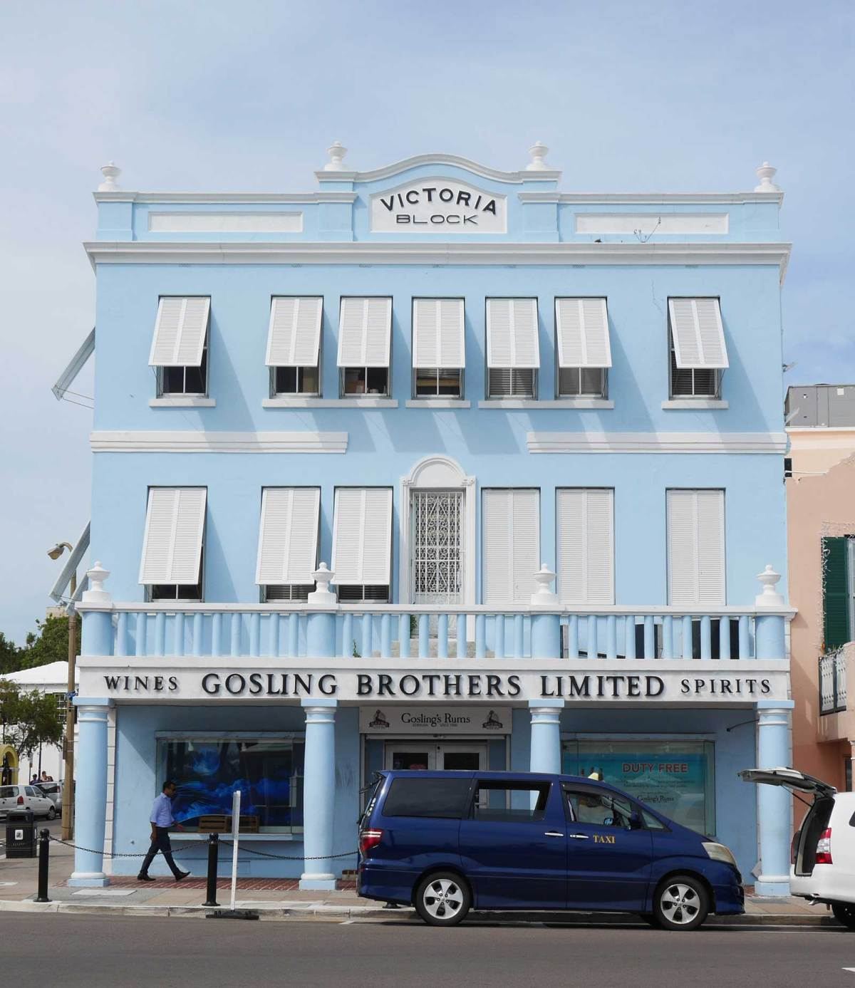 bermuda-hamilton-shop