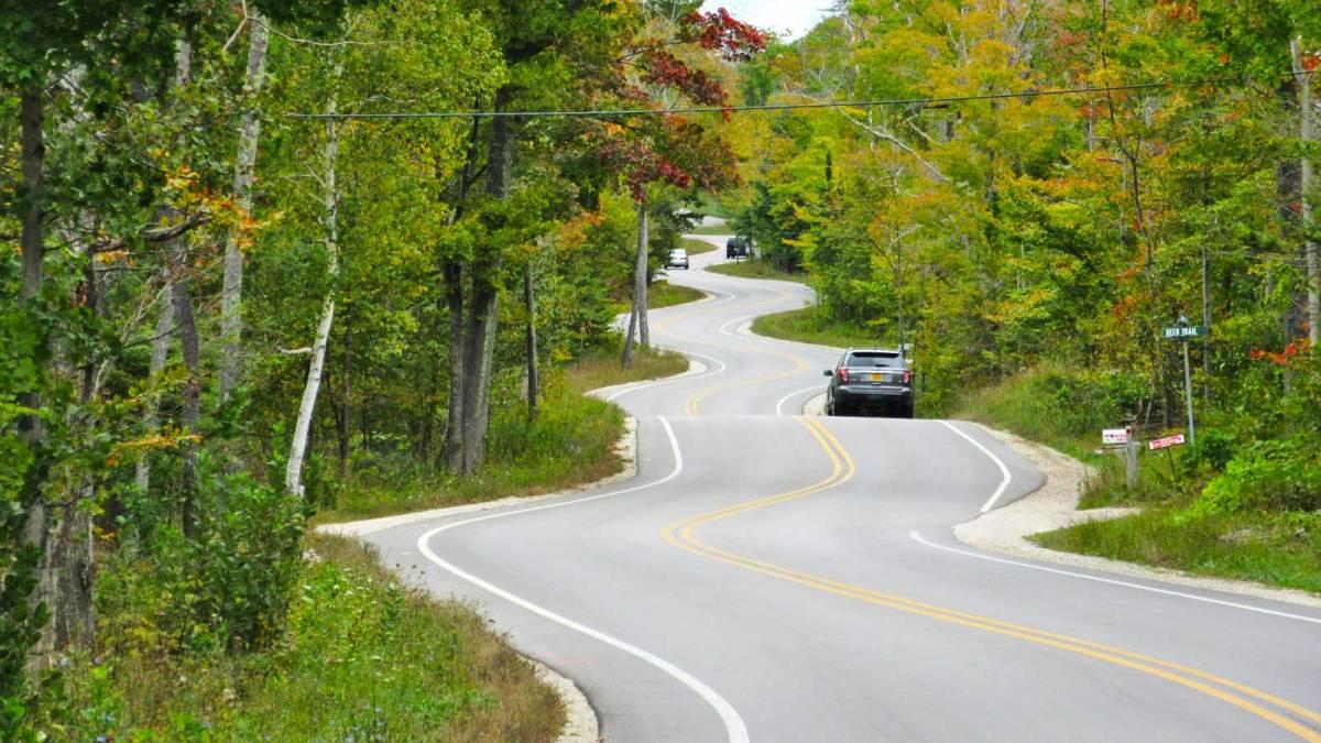 door-county_winding-road